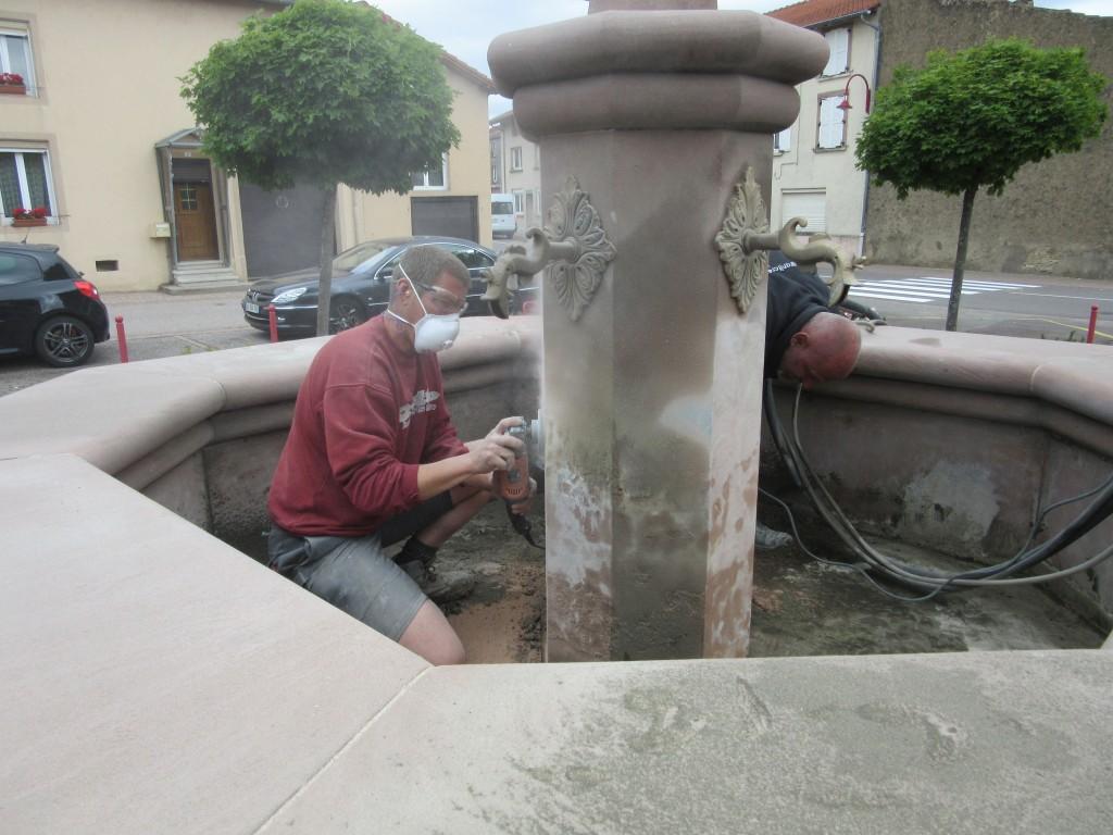 Rénovation de la fontaine St Rémi